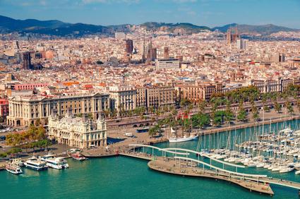 Vogelperspektive auf die Innenstadt von Barcelona