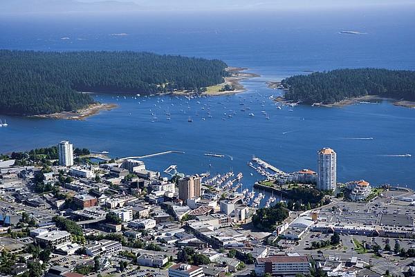 Blick über Nanaimo und die Vancouver Island University
