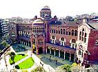 Die Universitat Autónoma de Barcelona  Mit Campus von Oben