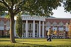 Das Charles V. Keating Millenium Center