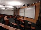 Hörsaal mit moderner Veranstaltungstechnik