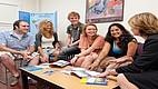 Studenten in einem Seminarraum des Fisher College
