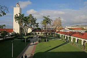 Hardy Tower auf dem Campus der SDSU