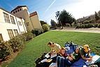 Studenten der Humboldt State University auf dem Campus
