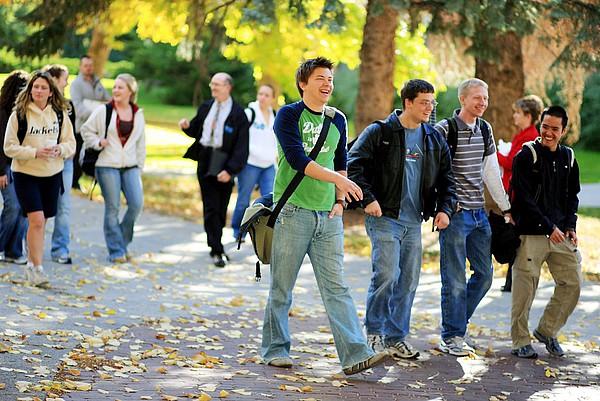 Studenten der MSU Billings auf dem Weg zur Vorlesung