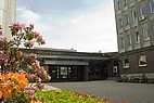 Der Haupteingang der Riga Stradins Universität
