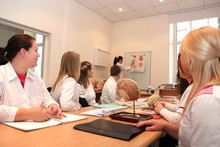 Medizinstudenten in Vorlesung