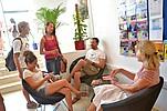 Sprachschüler BELS Malta i Gespräch