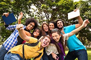 Glückliche Studierende