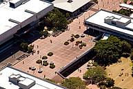 Vogelperspektive auf den Campus der Nelson Mandela Metropolitan University