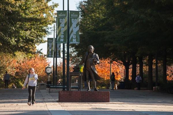 Studium auf der George Mason University bei Washington