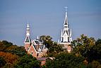 Historisches Gebäude der Mercer University mit Türmen