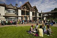 Das Hauptgebäude des North Island College auf Vancouver Island (Kanada)