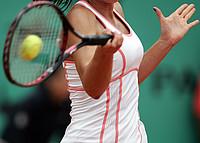 Tennisspielerin kurz vor einem Vorhandschlag