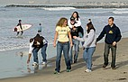 Studenten am Pazifik-Strand