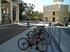 Fahrräder auf dem Campus der California, San Diego