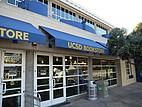 Der UCSD Bookstore von außen