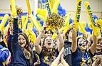 Studenten der California, San Diego bei einem Baskeballspiel